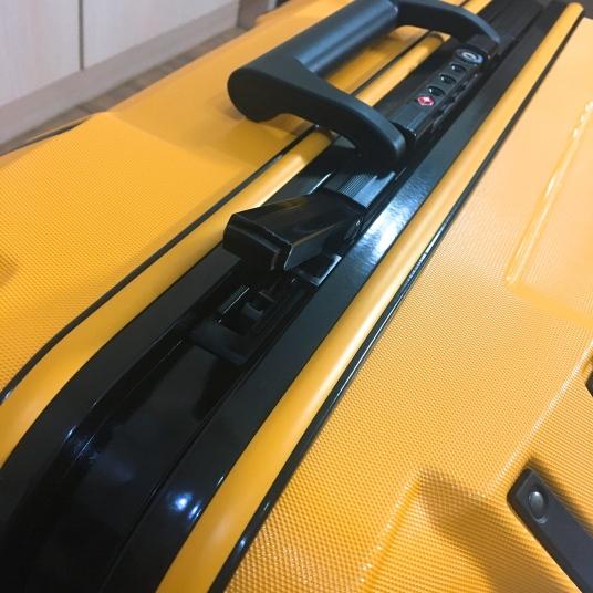 憲哥行李箱